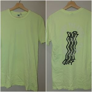 H&M Divided Graphic Tee Neon Green Yellow XS